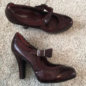 Deep red Mary Jane heels size 6.5